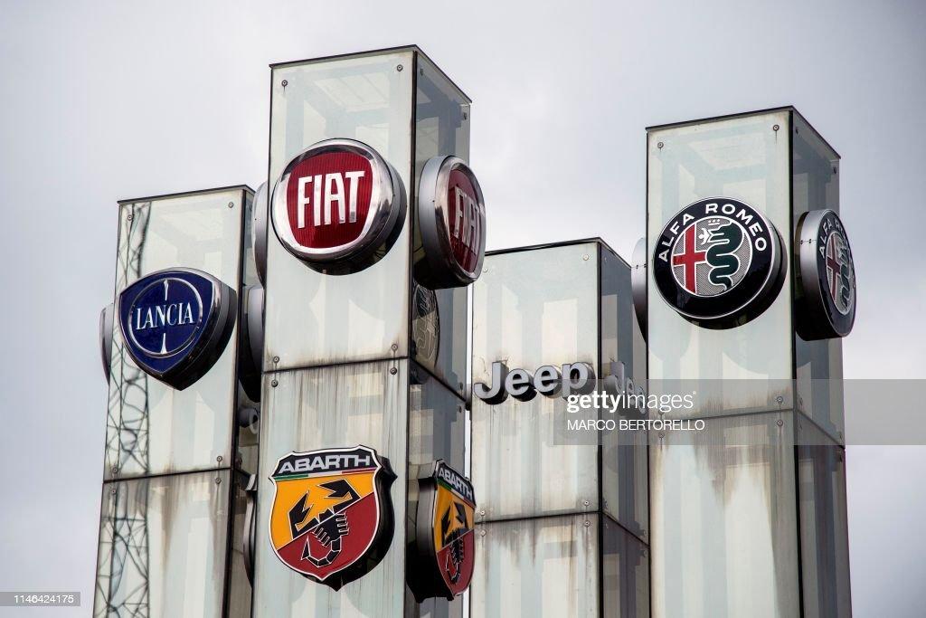 ITALY-AUTO-INDUSTRY-FIAT-MARKETS-CHRYSLER : Fotografía de noticias