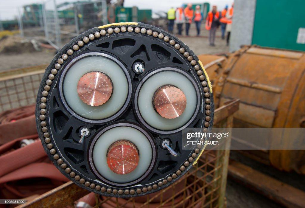 GERMANY-50HERTZ-ECONOMY-ELECTRICITY : News Photo