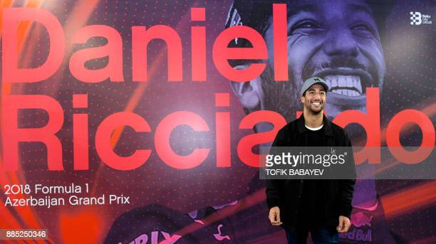 A picture taken on November 30 2017 shows Red Bull's Australian driver Daniel Ricciardo meeting with the media in Baku / AFP PHOTO / Tofik BABAYEV