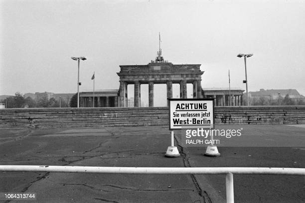 Picture taken on October 13 1976 of the Brandenburg Gate and the Berlin wall in East Berlin