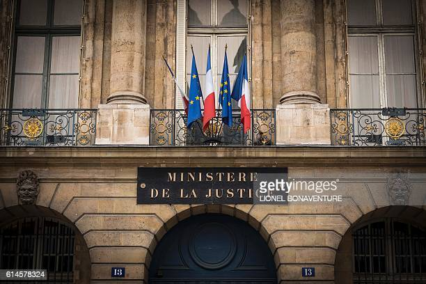 A picture taken on October 14 2016 shows the French Justice ministry building in Paris / AFP / LIONEL BONAVENTURE