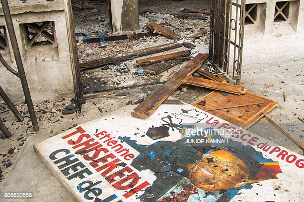 TOPSHOT Picture taken on September 20 2016 in Kinshasa shows the entrance of offices of the main opposition Union for Democracy and Social Progress...