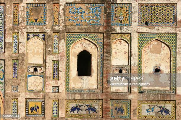 picture wall lahore, elegence of mughal's art in south asia. - バドシャヒモスク ストックフォトと画像
