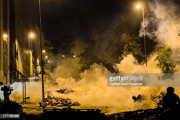 CONTENT] picture was taken on the road up to taksim in Istanbul while police go after protesters at tear gas attack is in progress