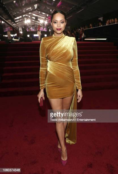 Actor Amber Stevens West arrives to the 2018 E People's Choice Awards held at the Barker Hangar on November 11 2018 NUP_185069