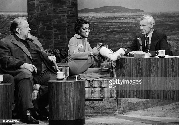 Actor Orson Welles singer Lola Falana during an interview with host Johnny Carson on January 22 1976