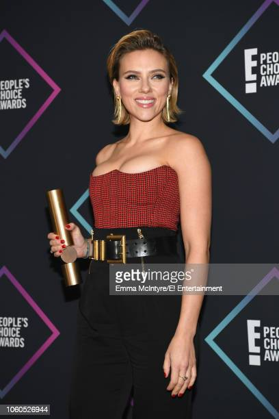Actor Scarlett Johansson winner of The Female Movie Star of 2018 award for 'Avengers Infinity War' poses in the press room during the 2018 E People's...