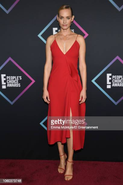 Amber Valetta arrives to the 2018 E People's Choice Awards held at the Barker Hangar on November 11 2018 NUP_185068