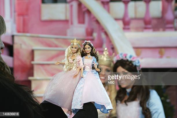 S 78TH THANKSGIVING DAY PARADE Pictured Barbie's Princess The Pauper float on Preview Day at Macy's Studios in Hoboken NJ prior to the 2004 Macy's...