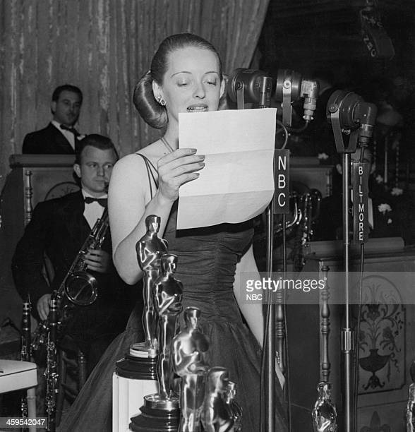 Bette Davis thanks President Roosevelt for his talk at the Motion Picture Academy banquet during the 13th Annual Academy Awards held at the Biltmore...