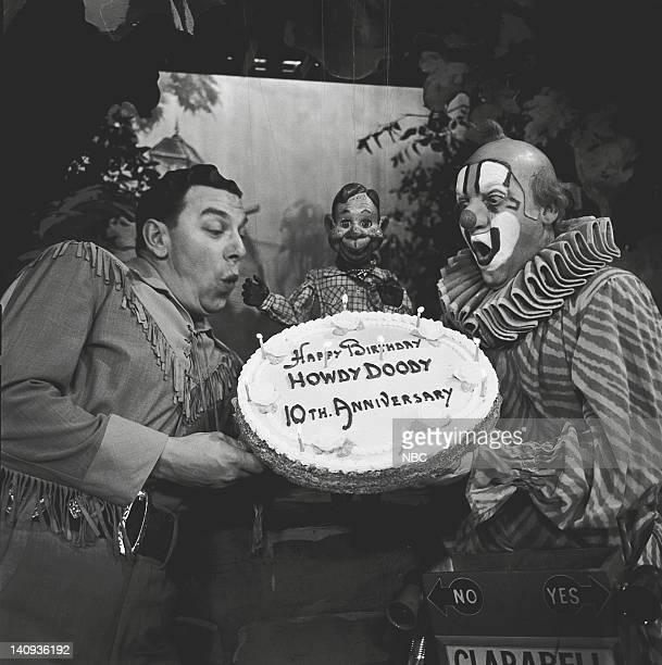 Bob Smith as Buffalo Bob Smith Howdy Doody Lew Anderson as Clarabell the Clown Photo by NBCU Photo Bank