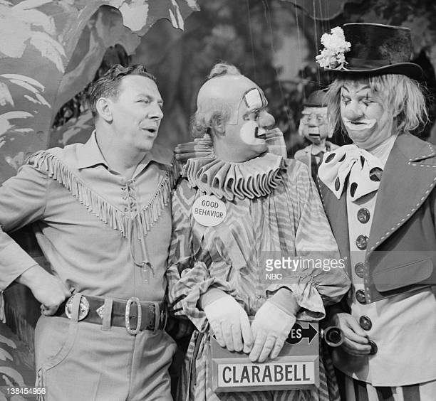 Bob Smith as Buffalo Bob Smith Lew Anderson as Clarabell the Clown and unknown cast member