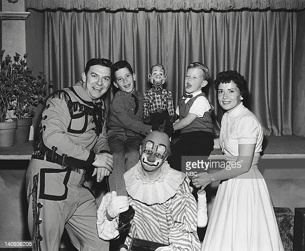 Bob Smith as Buffalo Bob Smith unknown guest Howdy Doody unknown guest unknown guest Lew Anderson as Clarabell the Clown Photo by NBCU Photo Bank