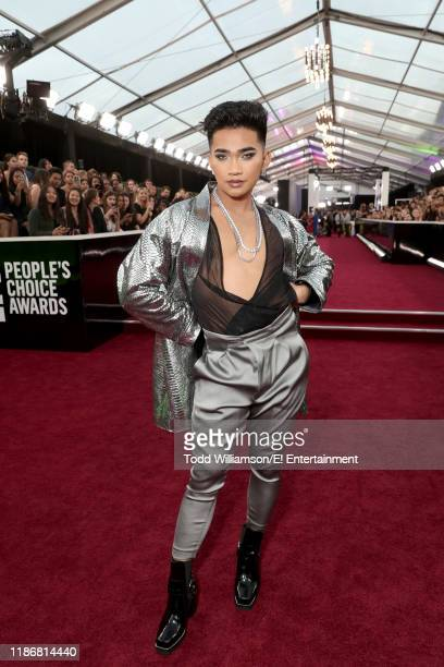Bretman Rock arrives to the 2019 E People's Choice Awards held at the Barker Hangar on November 10 2019 NUP_188990