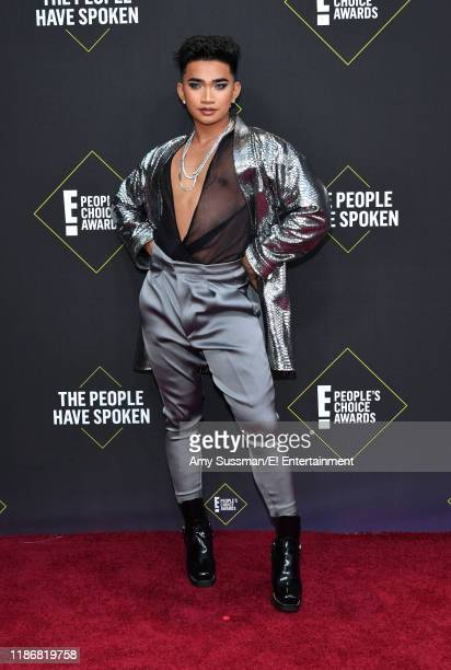 Bretman Rock arrives to the 2019 E People's Choice Awards held at the Barker Hangar on November 10 2019 NUP_188989