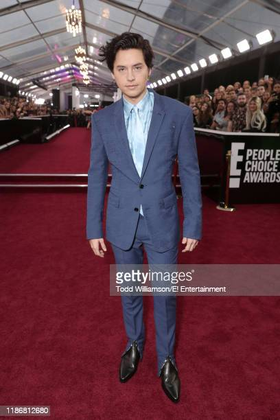 Cole Sprouse arrives to the 2019 E People's Choice Awards held at the Barker Hangar on November 10 2019 NUP_188990
