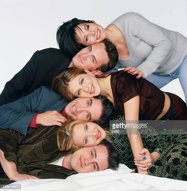 Courteney Cox Arquette as Monica Geller Matthew Perry as Chandler Bing Jennifer Aniston as Rachel Green David Schwimmer as Ross Geller Lisa Kudrow as...