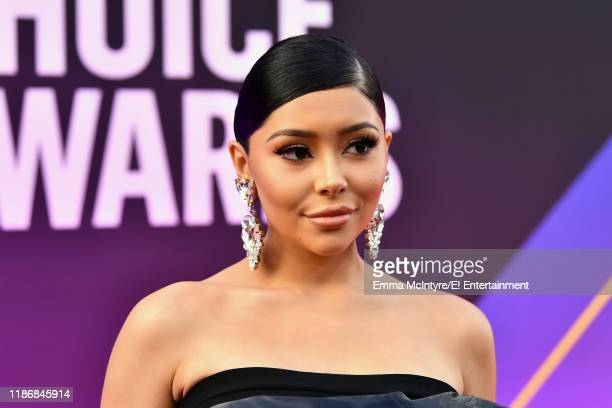 Daisy Marquez arrives to the 2019 E People's Choice Awards held at the Barker Hangar on November 10 2019 NUP_188994