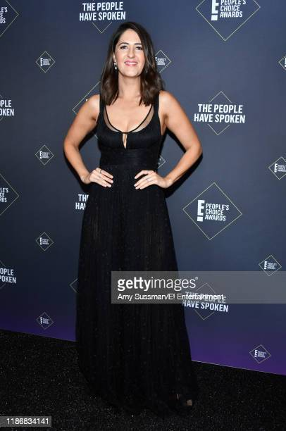 D'Arcy Carden poses in the press room during the 2019 E People's Choice Awards held at the Barker Hangar on November 10 2019 NUP_188998