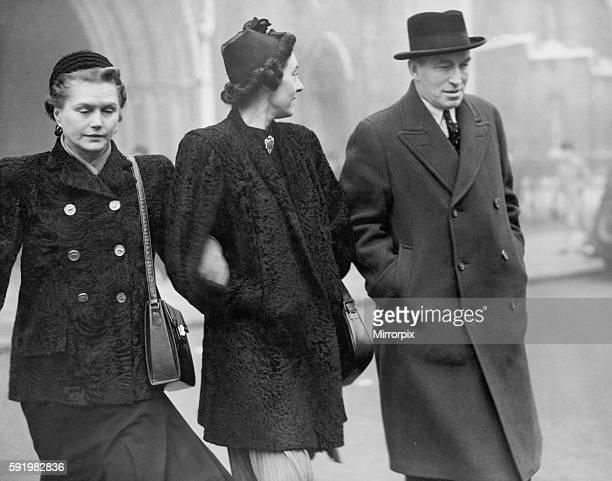 Pictured December 1946 Hugh Richard Arthur Grosvenor Loelia Mary Ponsonby