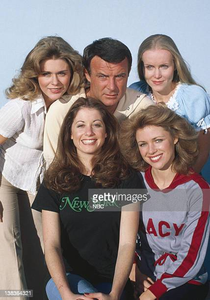 Denise DuBarry as Nurse Samantha Green Robert Conrad as Maj Greg 'Pappy' Boyington Nancy Conrad as Nurse Nancy Gilmore Brianne Leary as Nurse Susan...