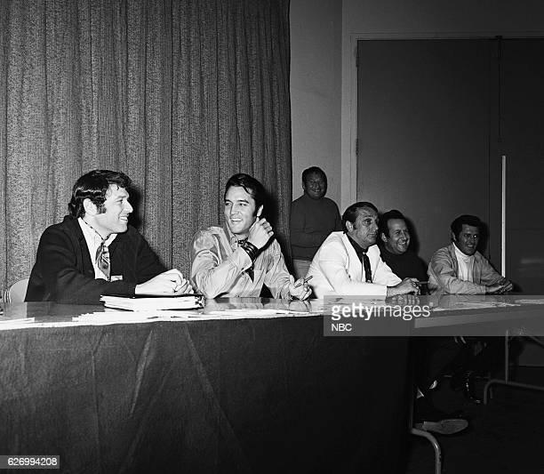 '68 COMEBACK SPECIAL Pictured director Steve Binder Elvis Presley executive producer Bob Finkel during a press conference for the Elvis '68 Comeback...