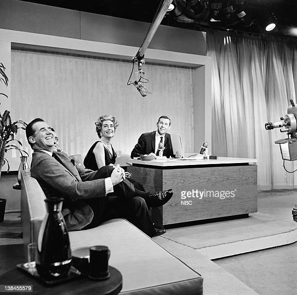 Ed McMahon Tony Bennett Joan Crawford host Johnny Carson during the first show on October 1 1962
