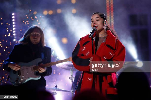 Ella Mai rehearses for the 2018 Christmas in Rockefeller Center