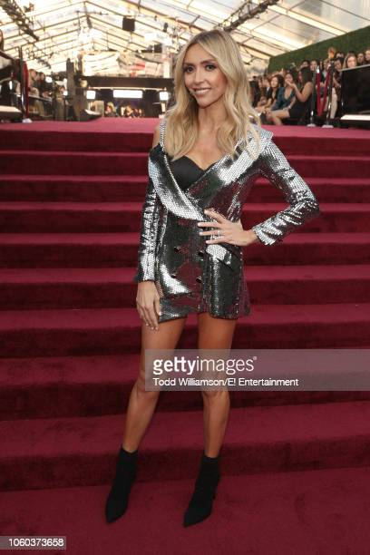 Giuliana Rancic arrives to the 2018 E People's Choice Awards held at the Barker Hangar on November 11 2018 NUP_185069