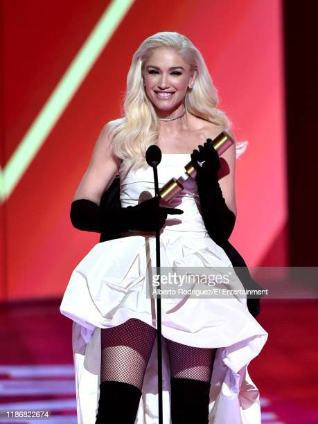 Gwen Stefani accepts the Fashion Icon of 2019 award on stage during the 2019 E People's Choice Awards held at the Barker Hangar on November 10 2019...