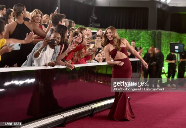 Hannah Brown arrives to the 2019 E People's Choice Awards held at the Barker Hangar on November 10 2019 NUP_188996