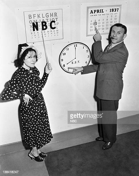 Husband and wife comedy duo George Burns Gracie Allen in 1938