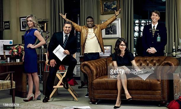 Jane Krakowski as Jenna Maroney Alec Baldwin as Jack Donaghy Tracy Morgan as Tracy Jordan Tina Fey as Liz Lemon Jack McBrayer as Kenneth Parcell