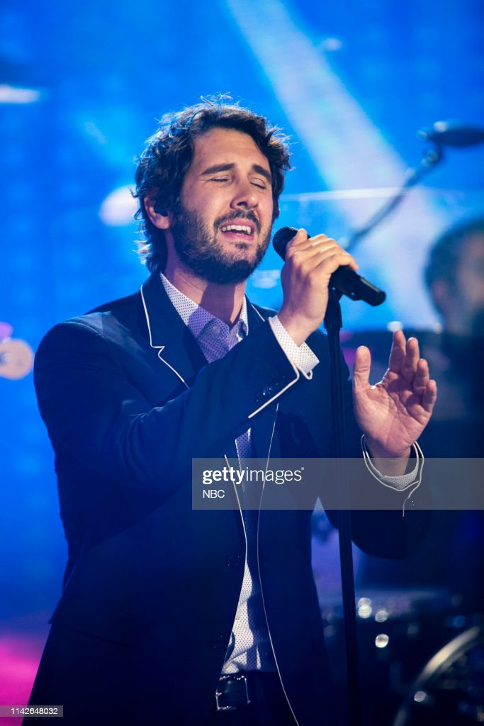 "NY: NBC's ""TODAY"" - Josh Groban, Mother's Day party on the plaza, Siri Daly and mom, Gretchen DeBoer"