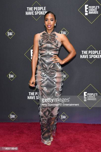 Kelly Rowland arrives to the 2019 E People's Choice Awards held at the Barker Hangar on November 10 2019 NUP_188989