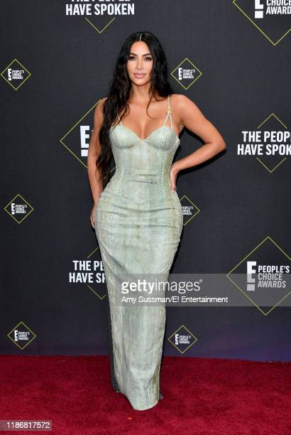 Kim Kardashian West arrives to the 2019 E People's Choice Awards held at the Barker Hangar on November 10 2019 NUP_188989