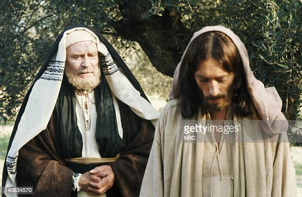 Pictured: Laurence Olivier as Nicodemus, Robert Powell as Jesus -- Photo by: NBC/NBCU Photo Bank
