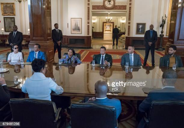 Pictured LR Grace Byers guest star Andre Royo Taraji P Henson Terrence Howard Trai Byers and Jussie Smollett in the Absent Child episode of EMPIRE...