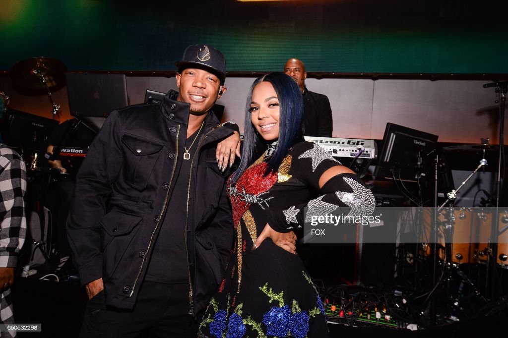 Ja Rule and Ashanti perform at the Apollo Theater for SHOWTIME AT THE APOLLO airing Monday, Dec. 5 (8:00-10:00 PM ET/PT) on FOX.