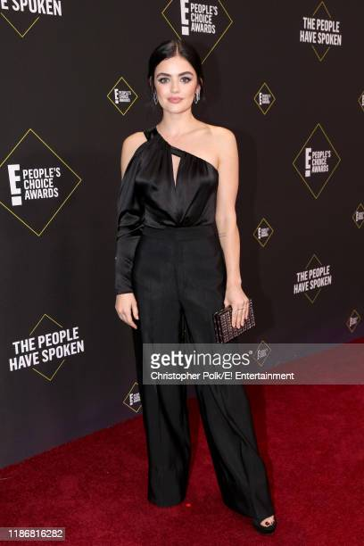 Lucy Hale arrives to the 2019 E People's Choice Awards held at the Barker Hangar on November 10 2019 NUP_188992