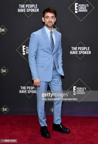 Luis Gerardo Mendez arrives to the 2019 E People's Choice Awards held at the Barker Hangar on November 10 2019 NUP_188989
