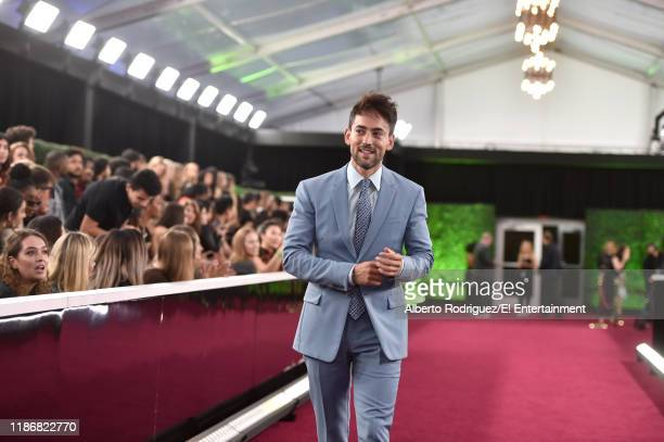 Luis Gerardo Mendez arrives to the 2019 E People's Choice Awards held at the Barker Hangar on November 10 2019 NUP_188996