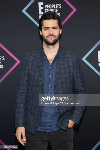Matthew Daddario arrives to the 2018 E People's Choice Awards held at the Barker Hangar on November 11 2018 NUP_185068