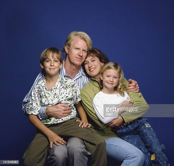 Max Elliott Slade as Kevin Buckman Ed Begley Jr as Gil Buckman Jayne Atkinson as Karen Buckman Thora Birch as Taylor Buckman Photo by NBCU Photo Bank