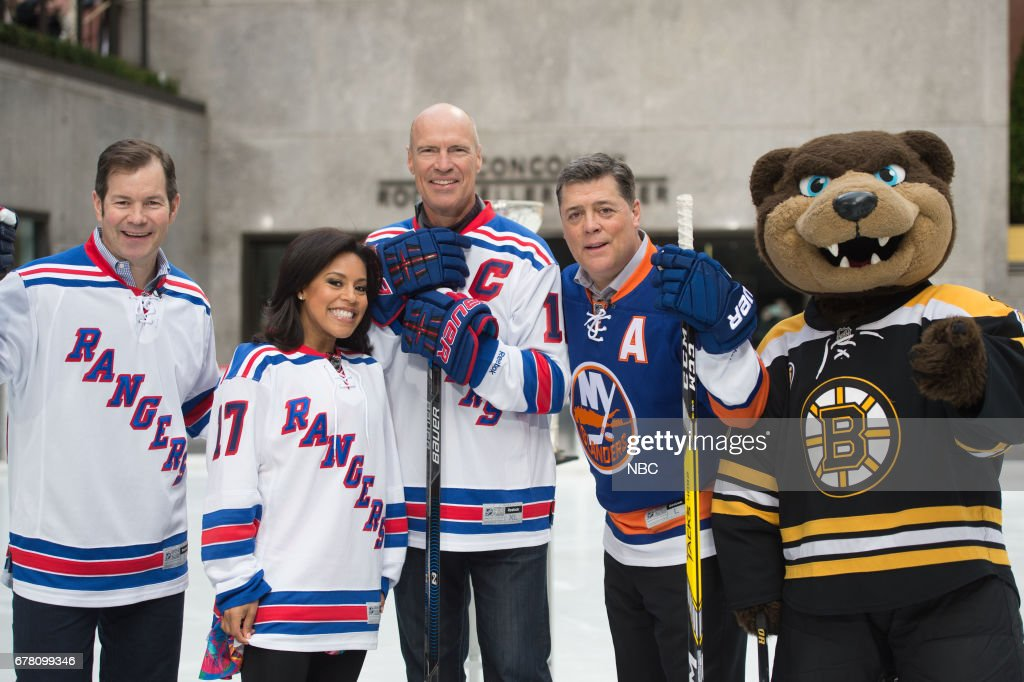 "NBC's ""Today"" With guests Richard Gere, Danny DeVito, Mark Messier, Pat LaFontaine and Mike Richter, Enzo Febbraro"