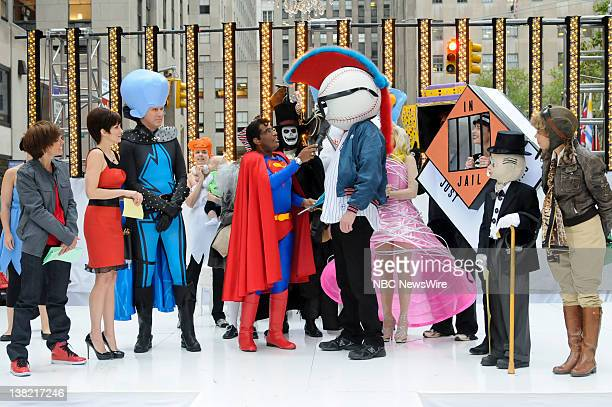 Natalie Morales as Justin Bieber, Tina Fey as Roxanne Ritchi, Will Ferrell as Megamind, Al Roker as Superman, Costume FInalist: John Smith as é-·The...