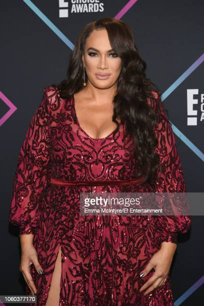 Nia Jax arrives to the 2018 E People's Choice Awards held at the Barker Hangar on November 11 2018 NUP_185068