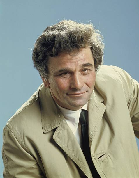 pictured-peter-falk-as-lieutenant-columb