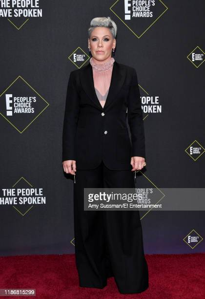 Pink arrives to the 2019 E People's Choice Awards held at the Barker Hangar on November 10 2019 NUP_188989