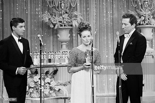 Presenter Jerry Lewis Recipient of the Most Promising Newcomer Elizabeth Hartman and Host Andy Williams
